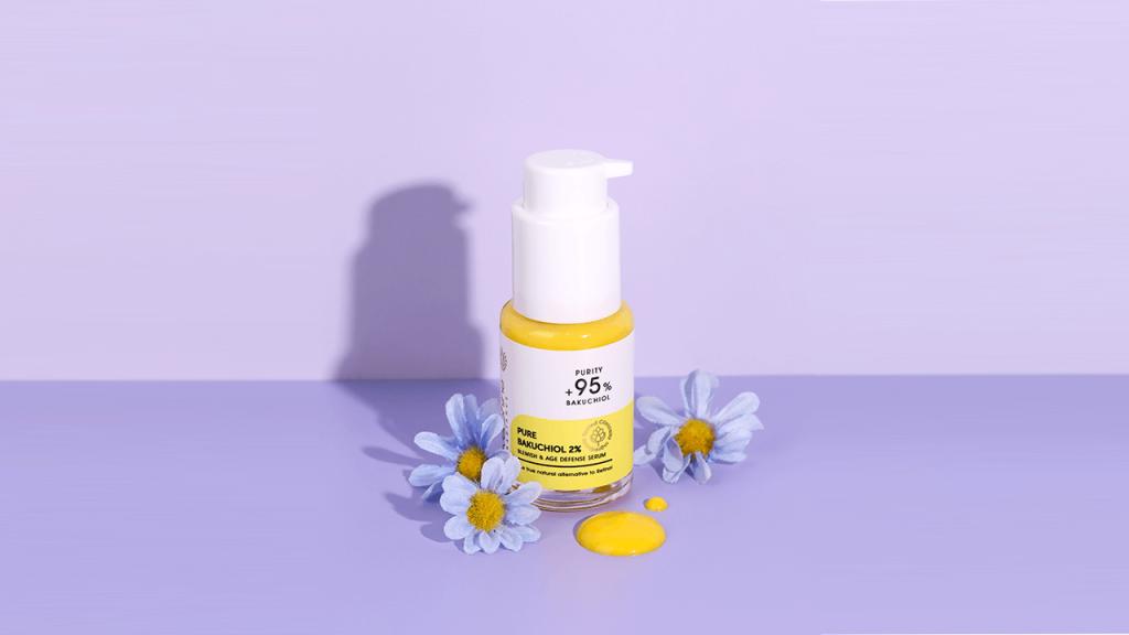 Serum Bakuchiol Evershine dengan ornamen bunga alternatif retinol